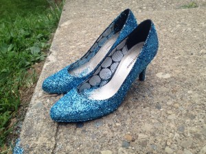 diy glitter shoes 1