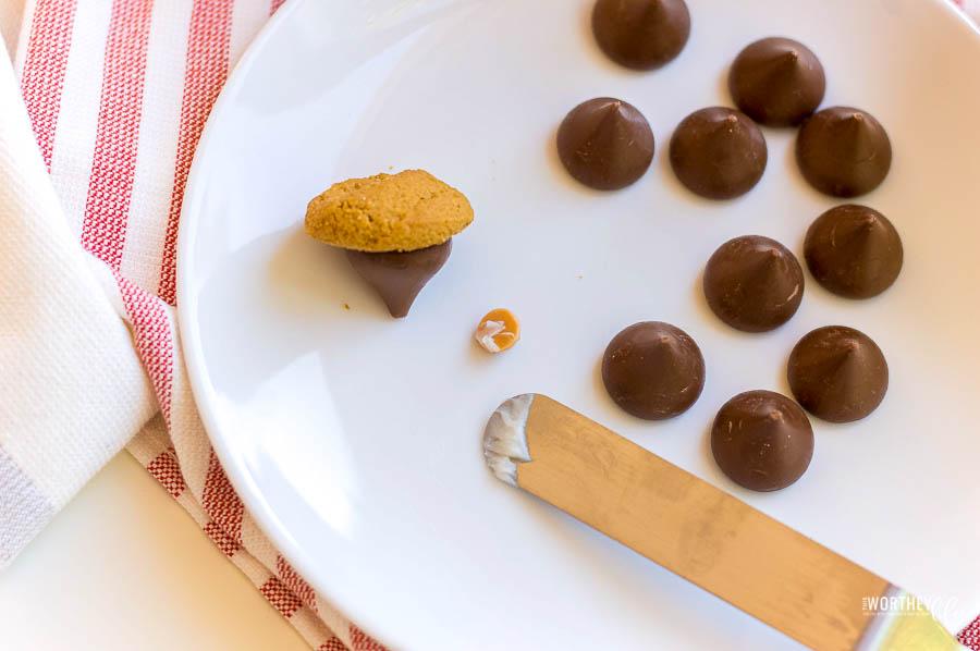 how to make acorn treats