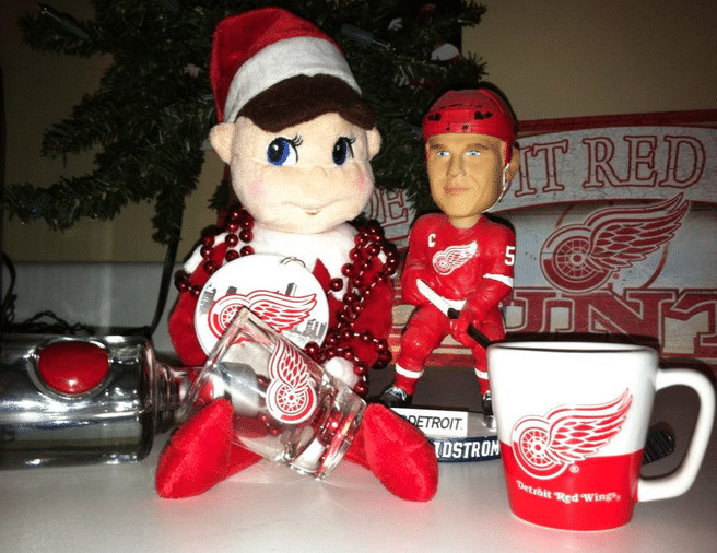 Elf on the shelf Detroit Red Wings