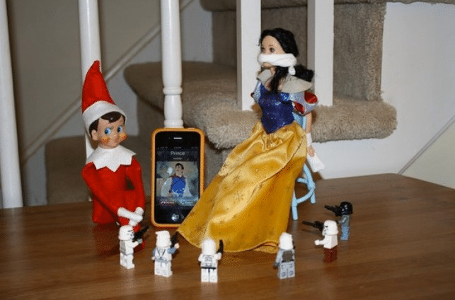 Elf on the Shelf seven dwarfs