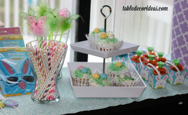 easter side table decor idea