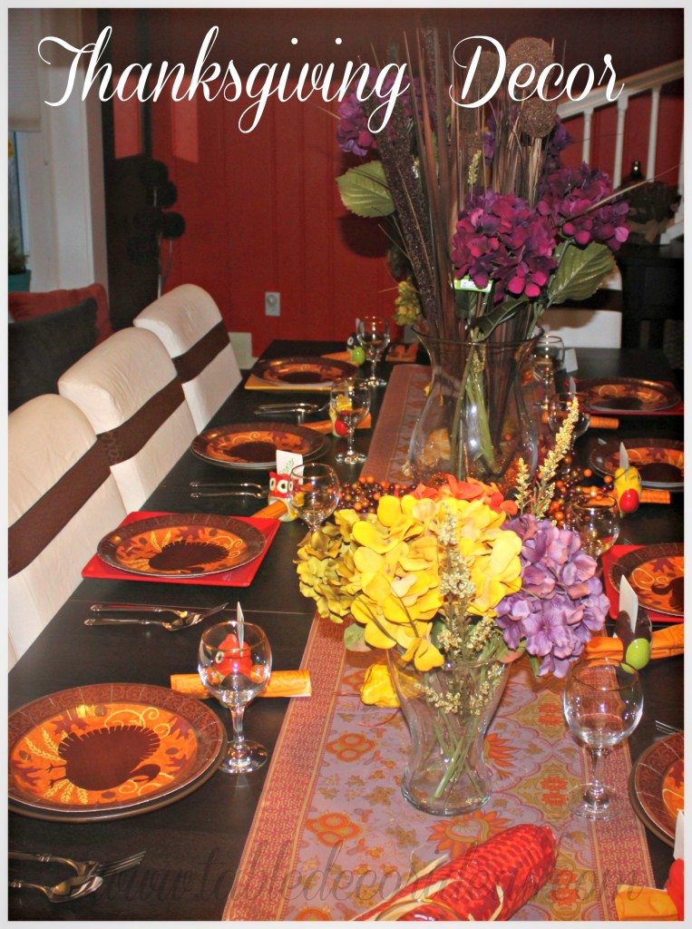 Easy Thanksgiving Table Decor Idea: simple thanksgiving table decorations