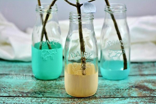 Have fun with Spring and bright colors with this easy DIY Chalk idea: Chalk Paint Dipped Milk Jars Step