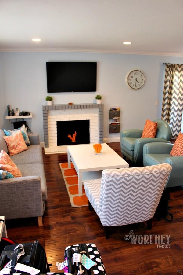 Suite Escapes Living Room