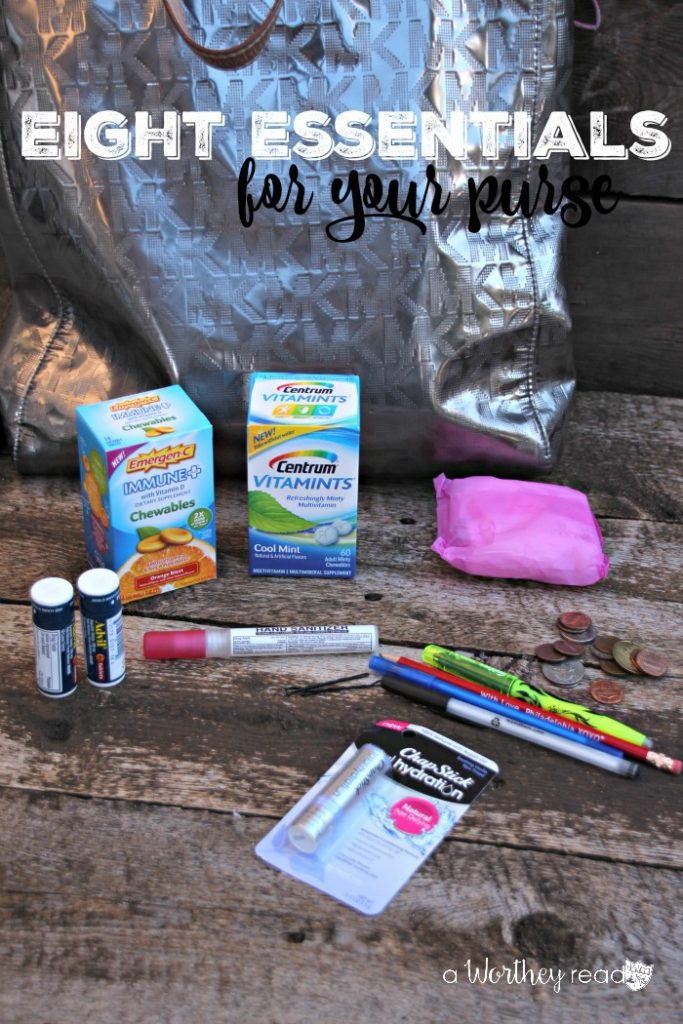 Life Tips for your purse: Eight Essentials To Keep In Your Purse