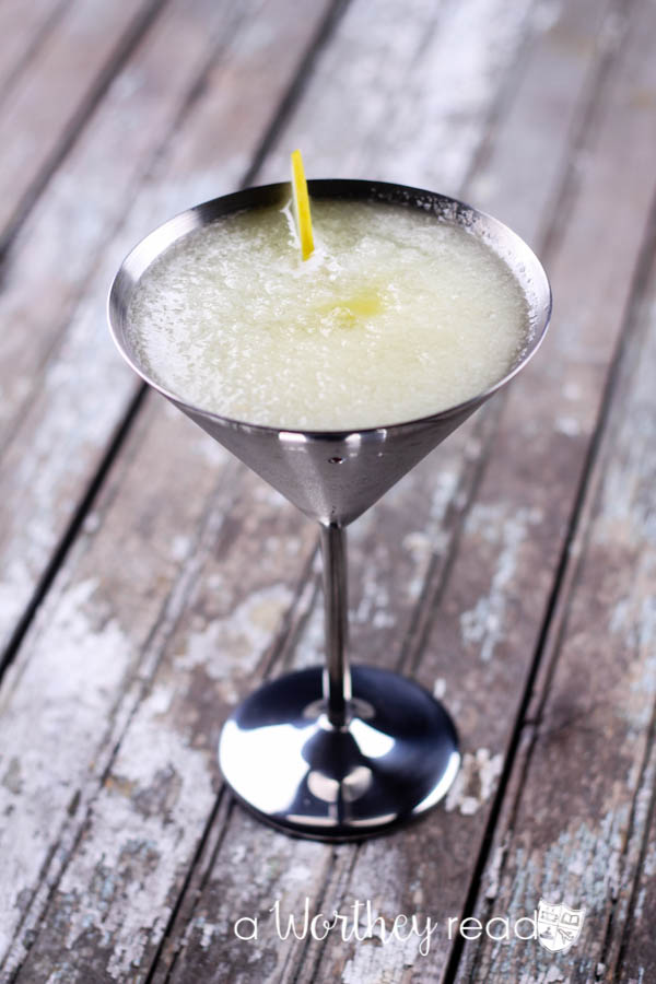 Easy cocktail to prepare for a girl's night out, Iced Sweet Melon Martini