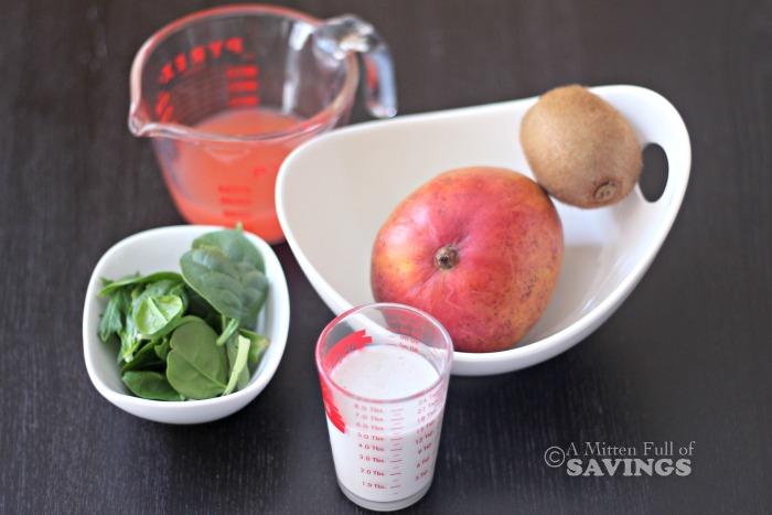 Easy Smoothie Recipe- Kiwi, Mango & Spinach Smoothie
