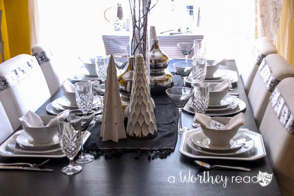 How To Host a FABULOUS Award Show Party