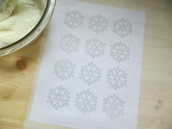 snowflake cupcake template