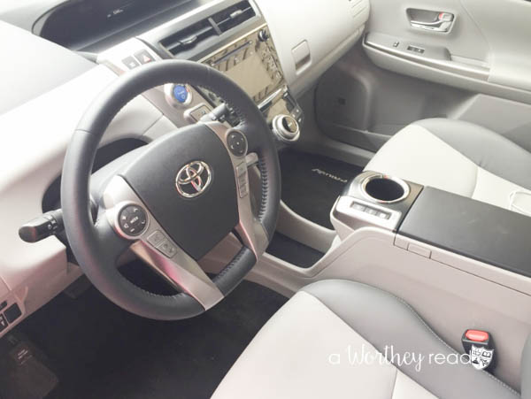 2016 Toyota Prius V5-4