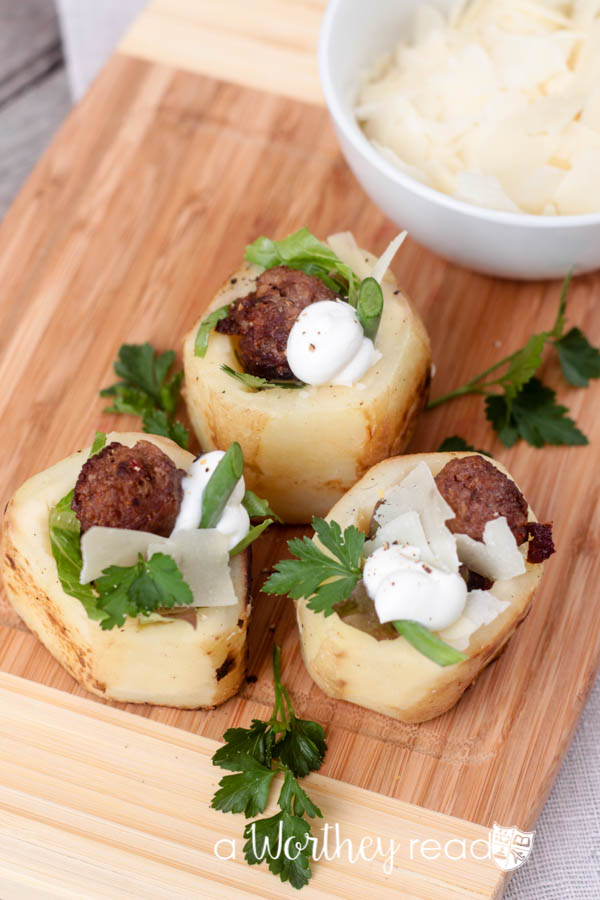 Put a twist on the classic potato salad recipe, with Mini Potato Salad Bowls. This quick recipe will be great for a game day appetizer, summer cook out, or light snack. With potatoes, brats and cheese, you can't go wrong!