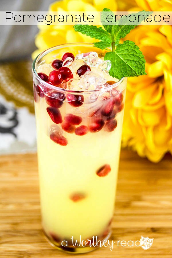 Pomegranate Lemonade- Here's a great pretty cocktail filled with pomegranates, lemonade and lemon sour mix!