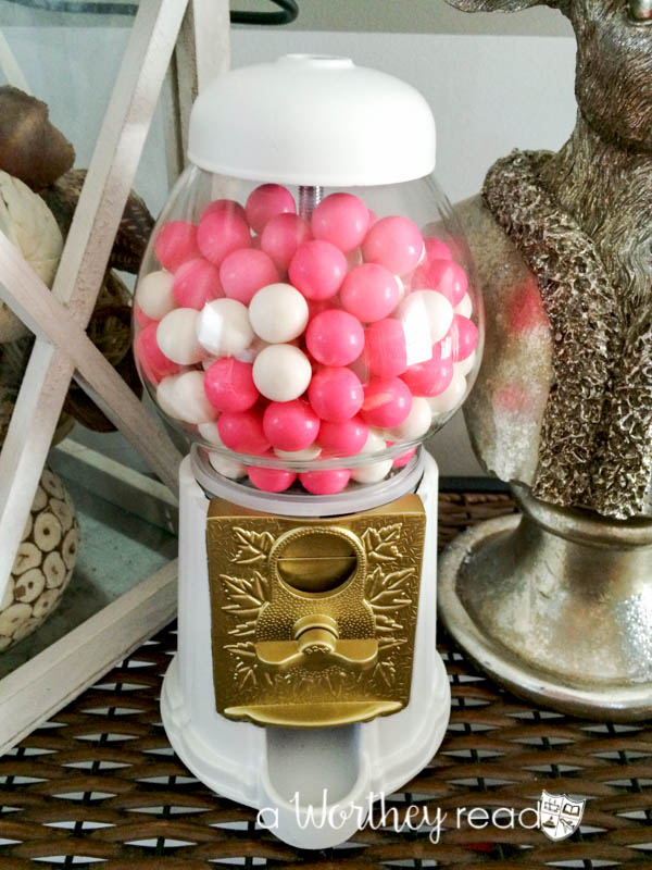 Easy to make- Turn your trash into a beautiful home decor piece! Here's a way to recycle your gumball machine into a home decor WOW factor- Glitter & Gold: Upcycled DIY Gumball Machine