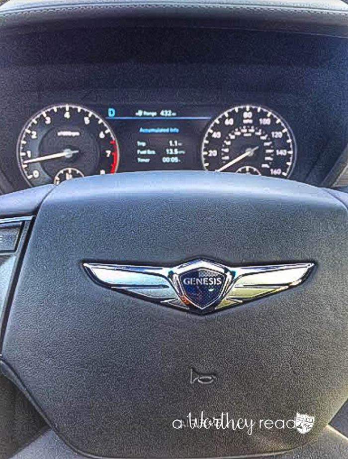Genesis G90 Luxury Family Car