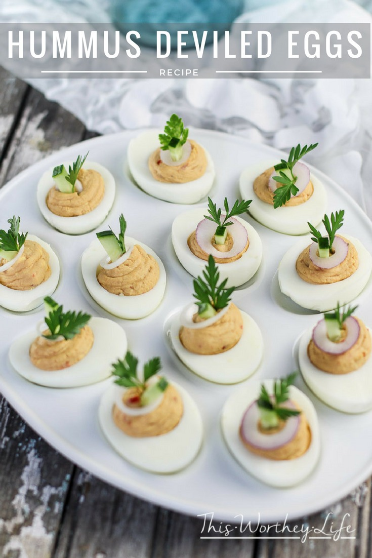 With the summer holidays just around the corner, deviled egg recipes are usually a big hit! Try something different this year with our Hummus Deviled Eggs recipe using Sabra Roasted Pine Nut Hummus.Grab the recipe and our Red Velvet Cocktail to pair with this delicious appetizer on the blog!