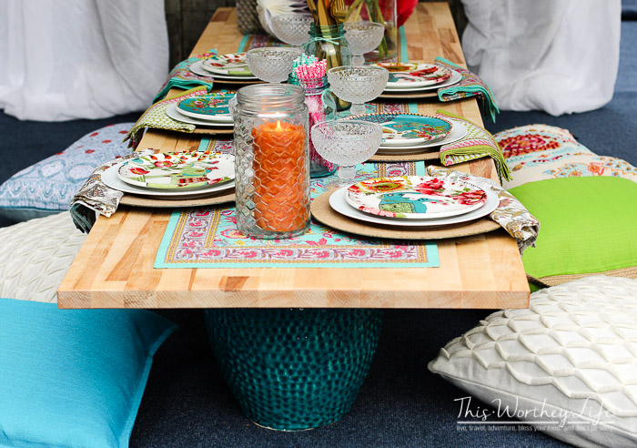 Elegant Outside Picnic Party Idea