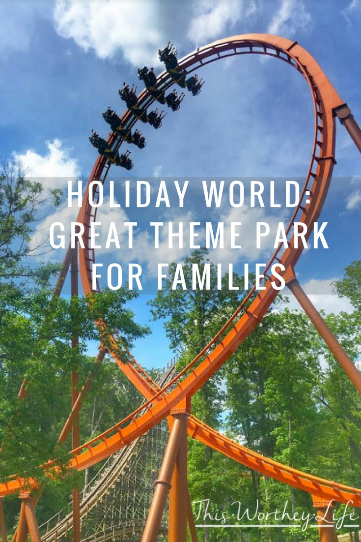 Great family vacation idea to check out this summer- Just a short drive from Michigan, you will find one of the best theme parks in the Midwest. Read about our adventures at Holiday World, and why it's a great theme park for families!