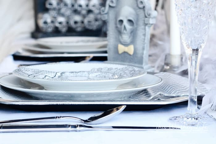 Classy Halloween Tablescape Idea