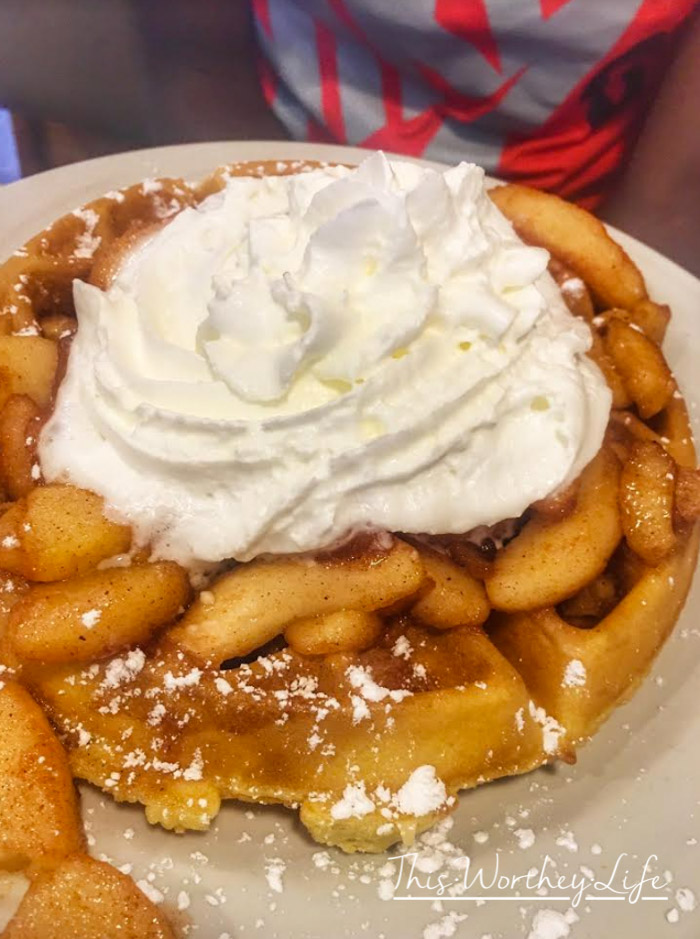Best places to eat breakfast for families in Fort Wayne
