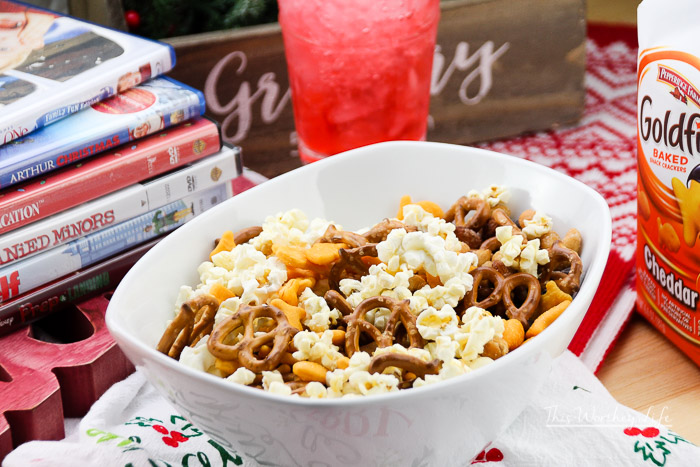 Share your favorite holiday movie with your teens and tweens. Here's a list of Christmas movies teens will actually watch with you, and our favorite snack pairing using Pepperidge Farm® Goldfish® crackers.