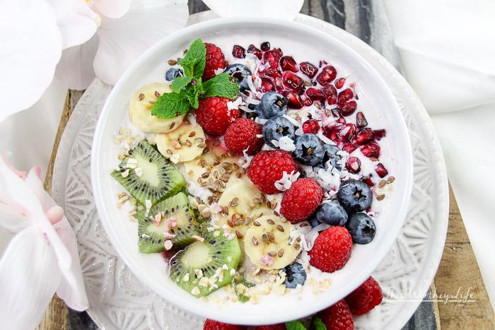 Raspberry Smoothie Bowl + Lush Fruit