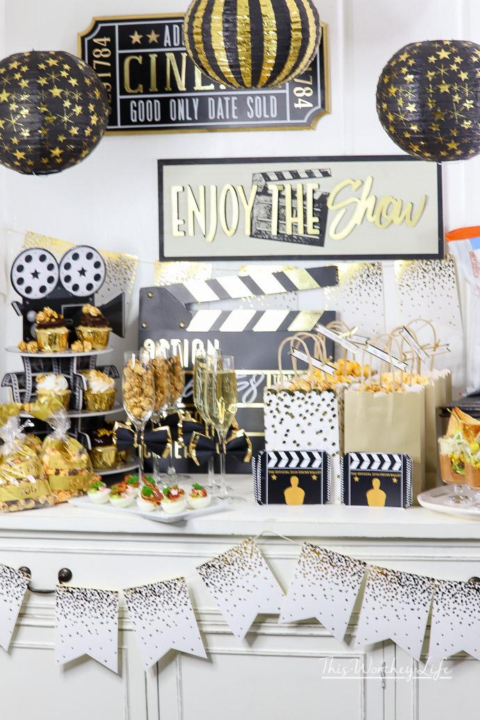 Gold Oscar Party Idea Easy Ways To Pull Of An Award