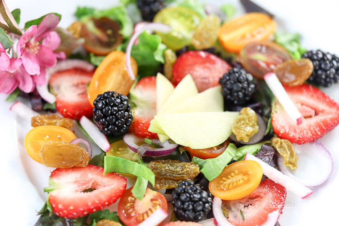 easy and fresh summer salad