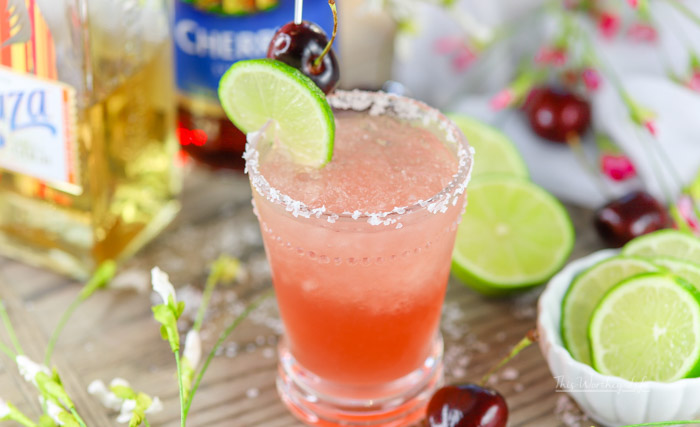 Directions on making a cherry margarita