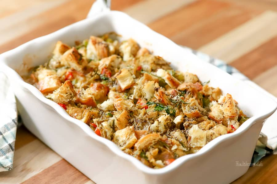 The Best Cornbread Dressing
