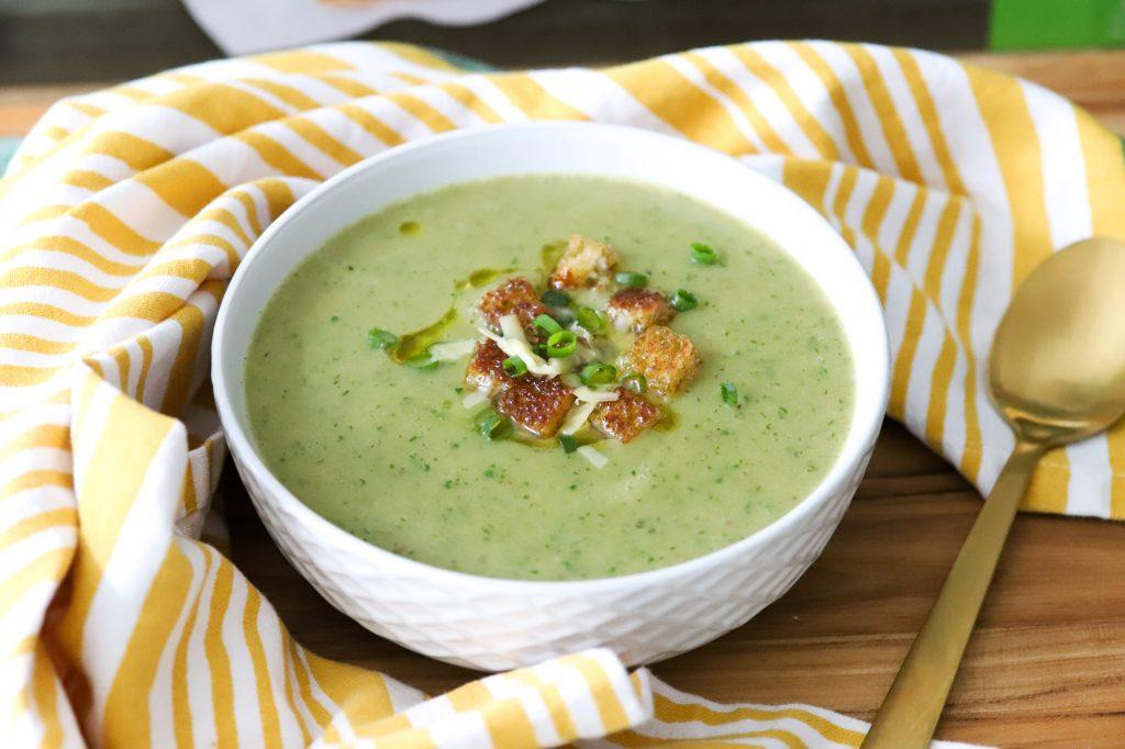 How to make Creamy Asparagus Potato Soup