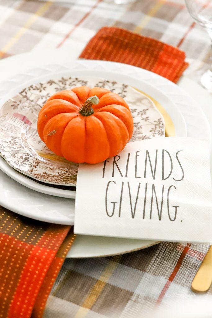 Friendsgiving Party Idea