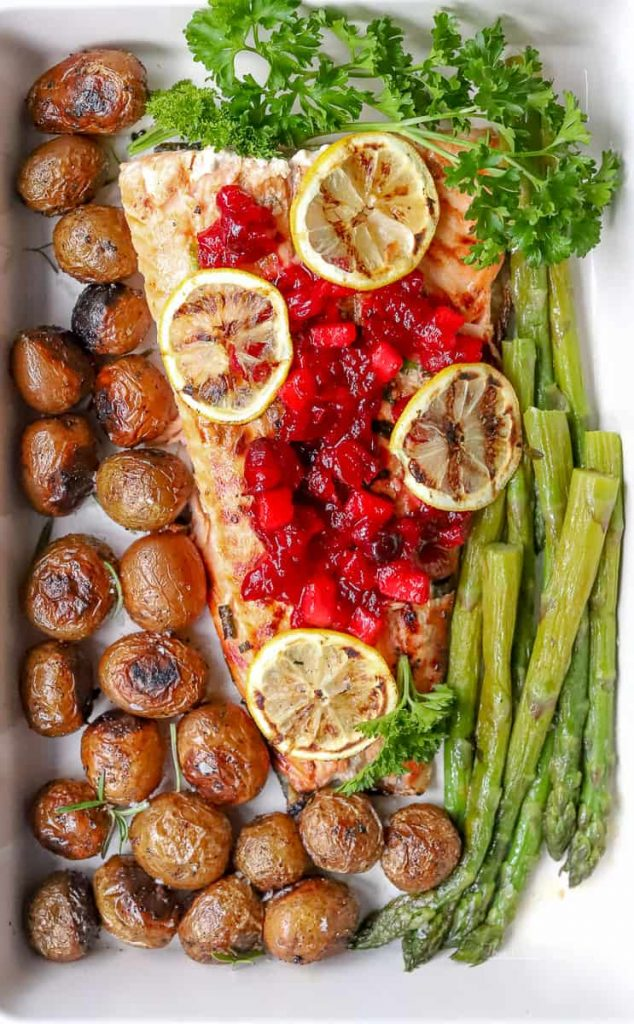 This holiday season, bring extra flavor to your holiday dinner by trying our Grilled Honey Salmon. Along with Smoky Cranberry + Apple Sauce, grilled red skin potatoes and asparagus, this is a recipe perfect for your holiday dinner or any time of the year. So, let's get grilling!