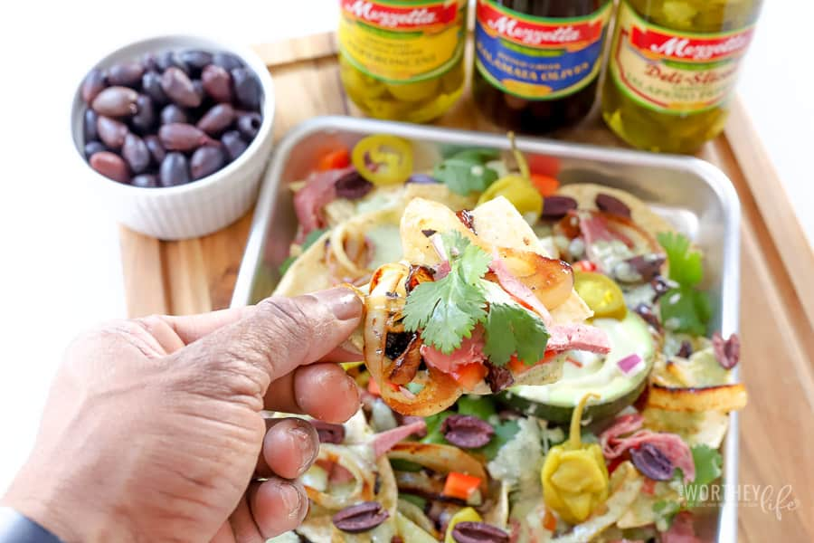 How to make Corned Beef Nachos + Cheesy Spinach Sauce
