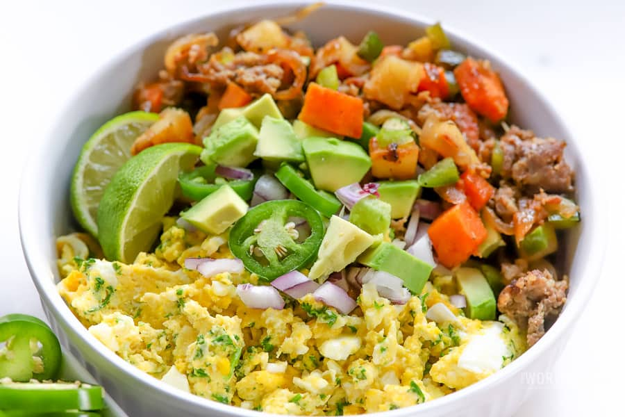 Parsley Scrambled Eggs & Sweet Red Onions