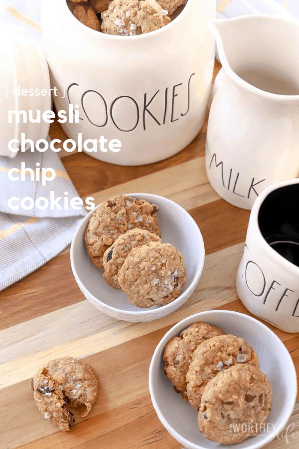 How to make homemade chocolate chip cookies using muesli