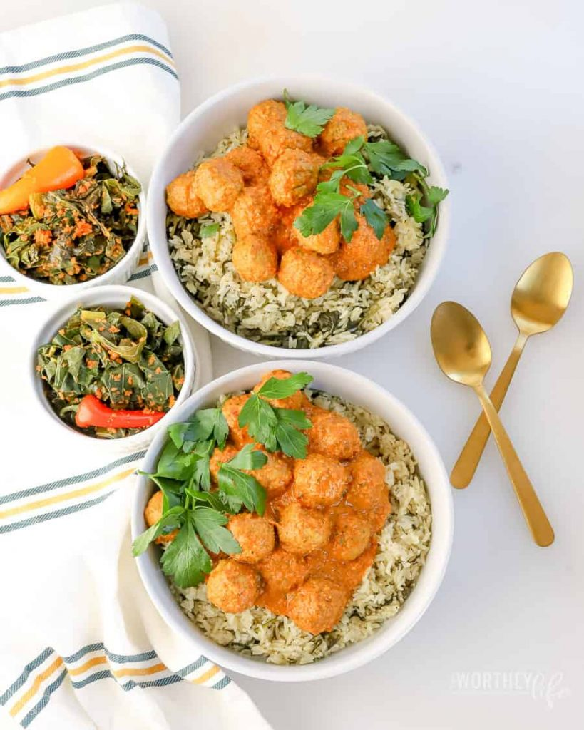 Today on the blog we are showing how we save time using Farm Rich Homestyle Meatballs to make our Curry Meatball and Spinach Rice in the Instant Pot.