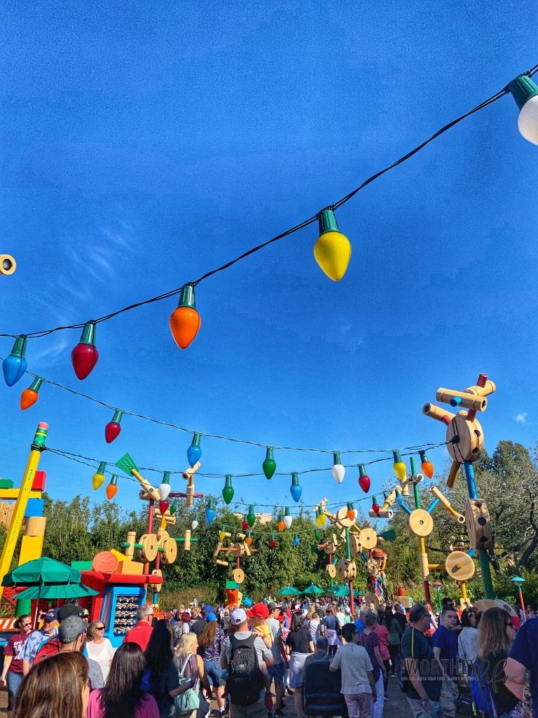 Guide To Disney S Hollywood Studios Toy Story Land This Worthey