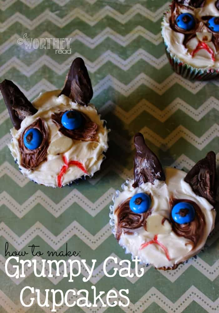 Tutorial: How To Make Grumpy Cat Cupcakes