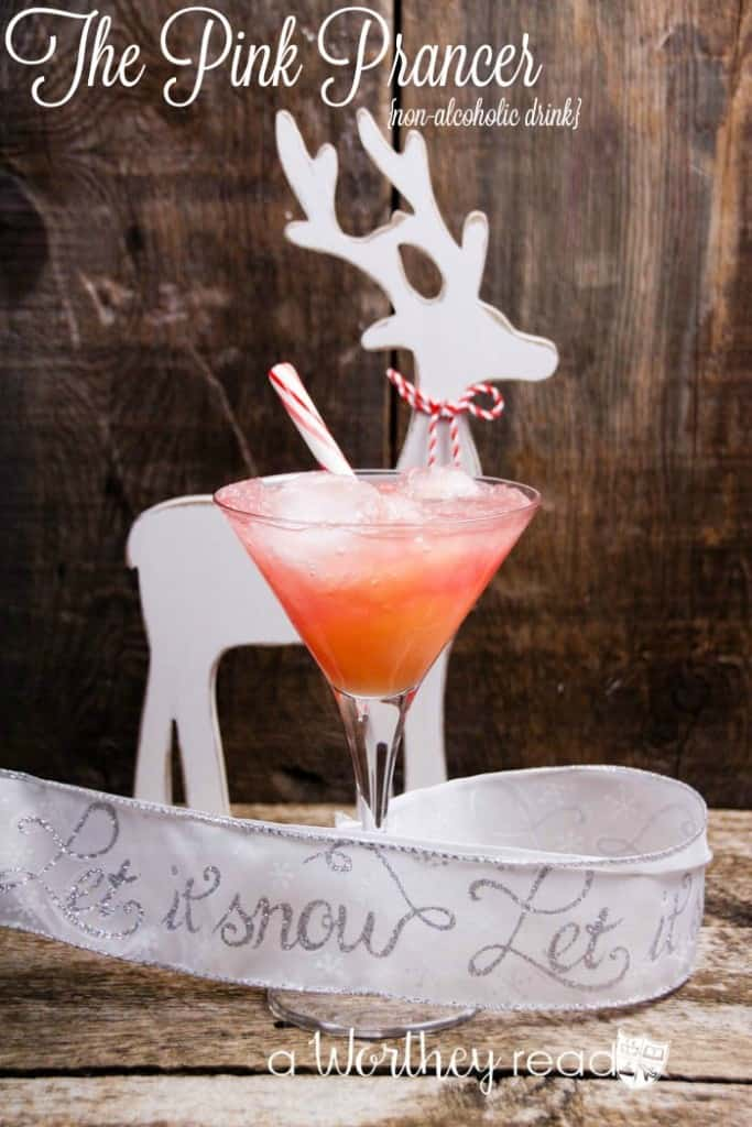Easy Non-Alcoholic Christmas Cocktail- The Prancer