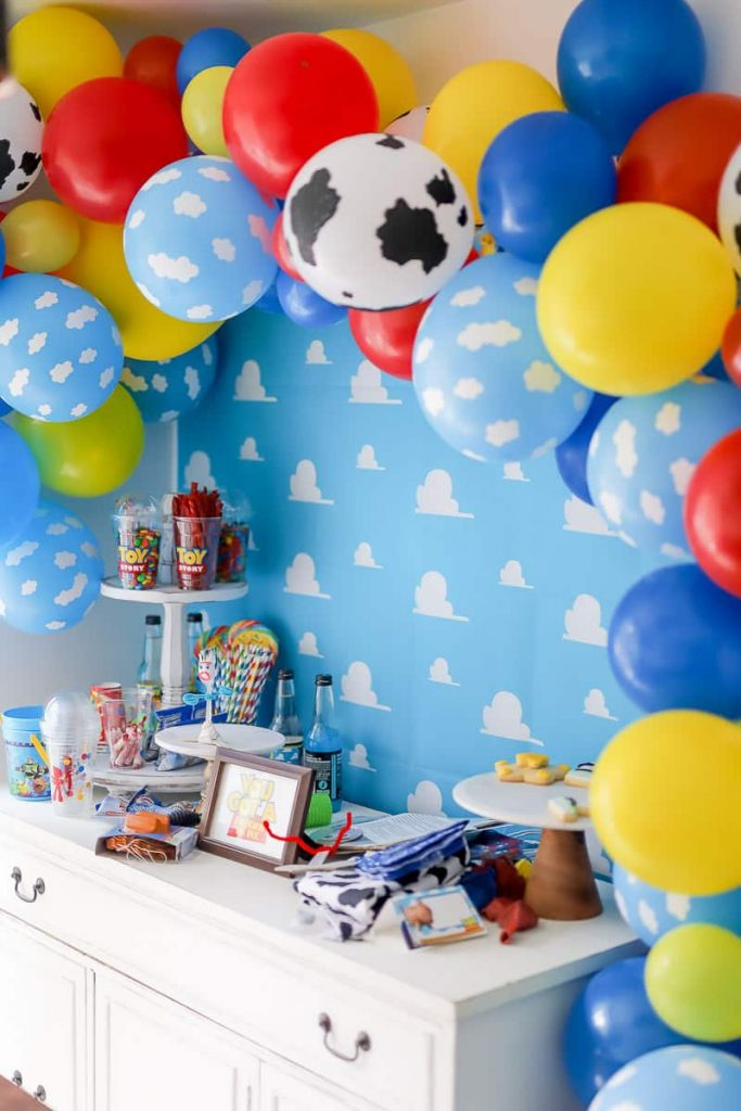 Toy Story Themed Balloon Garland