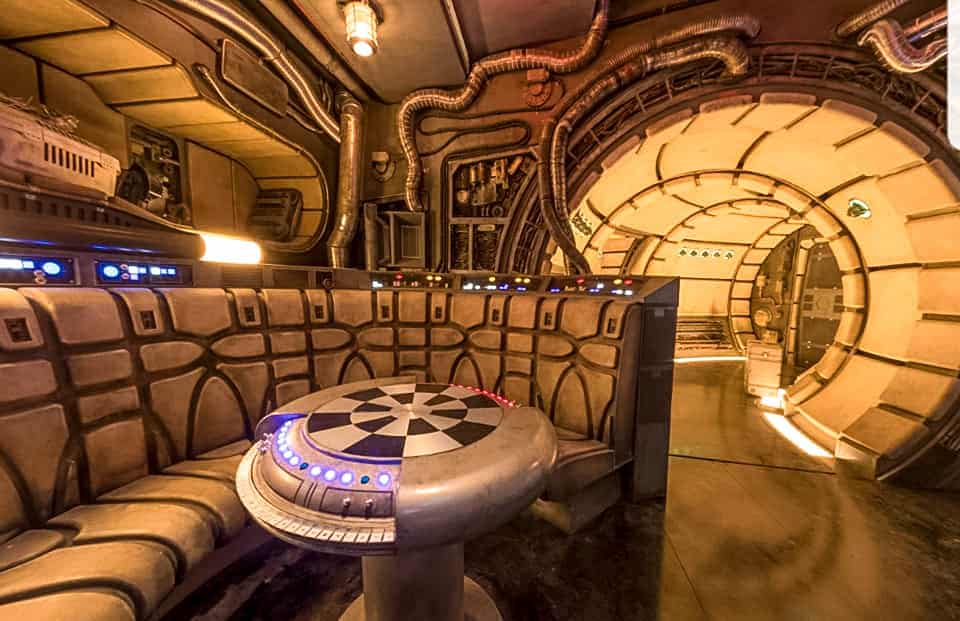 Disneyland Galaxy's Edge