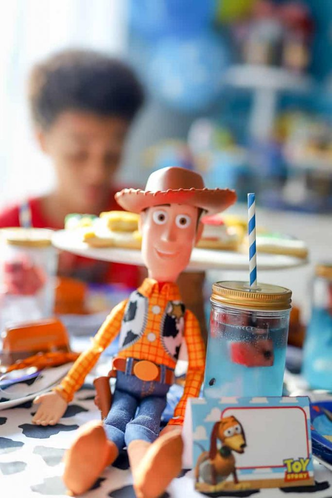 How to plan a Toy Story themed party