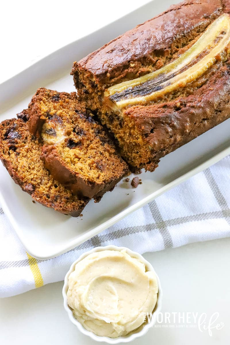 One comfort food you can eat all year round is banana bread. We're getting ready for fall by creating an easy recipe for pumpkin banana bread. Adding a little pumpkin spice to make all things nice, this pumpkin recipe is one you will want to try this fall!