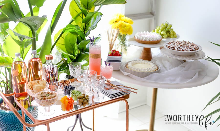 Tips On Hosting A Summer Pie Party