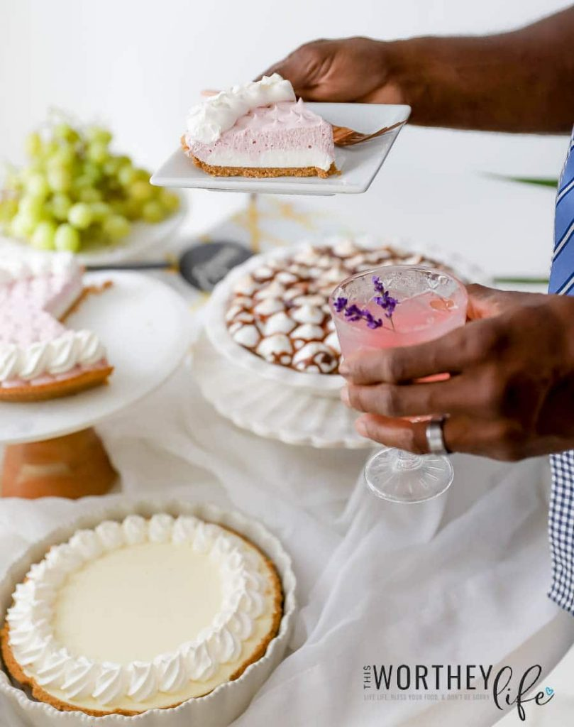 How to host a summer pie party