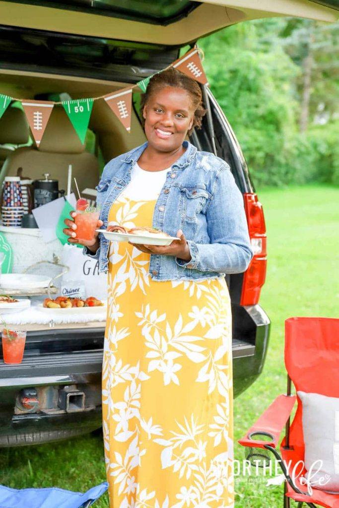 What to serve at a tailgate party