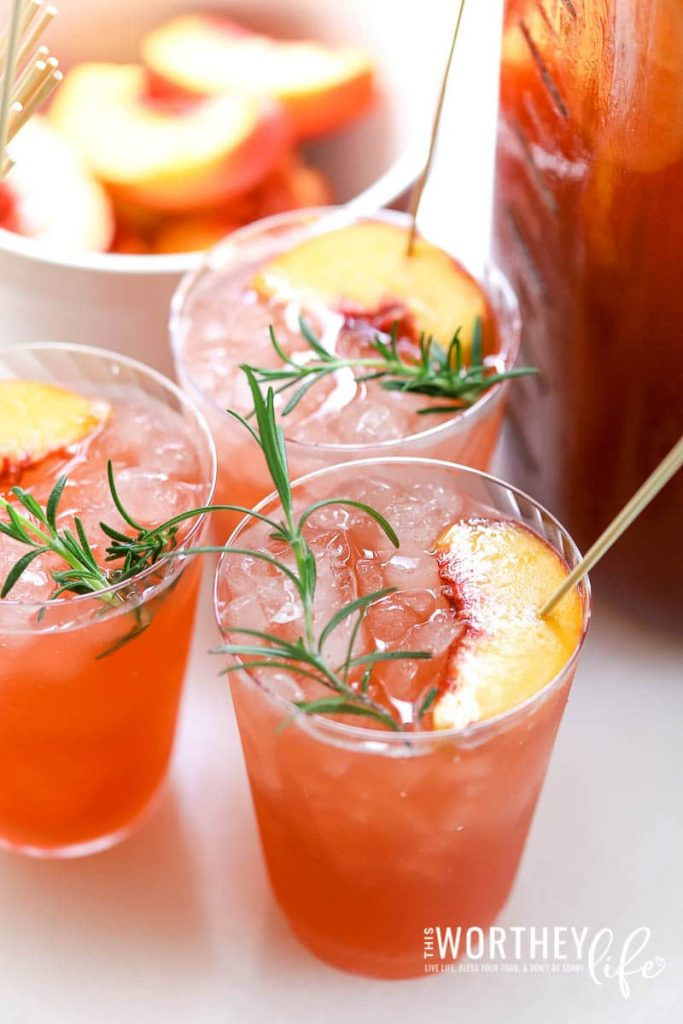 Give your autumn tailgating party a kick in the pants with our Black Cherry Cider + Peach Party Punch. It can be made non-alcoholic or with one of your favorite spirits. We're using a non-alcoholic spirit, Seedlip to give our party punch a kick without the alcohol. Grab the recipe down on the blog and serve it up at your next game day or holiday party.