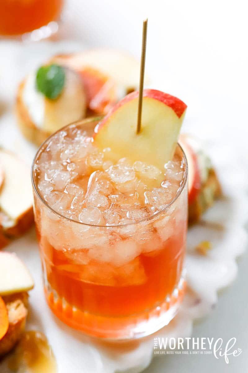 Sparking Apple Cider Cocktail