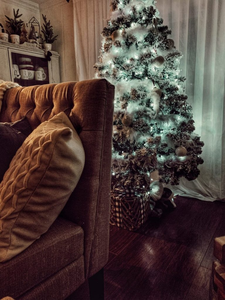 things for couples to do during the holidays