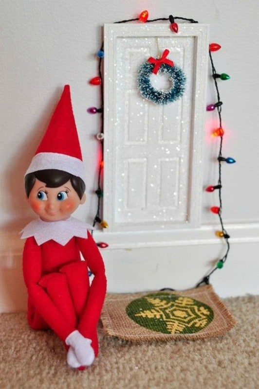 Elf on the Shelf: Plane has Landed